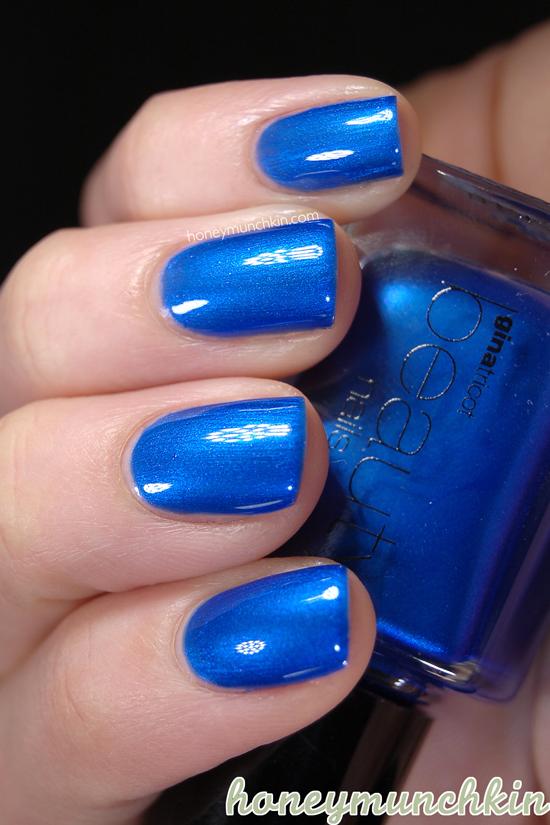 Gina Tricot Beauty - 113 Sapphire Blue