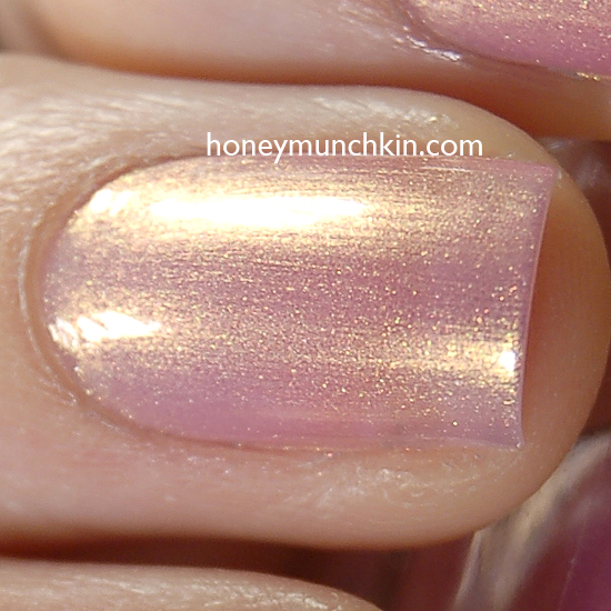 Max Factor - 005 Sunny Pink detail from honeymunchkin.com