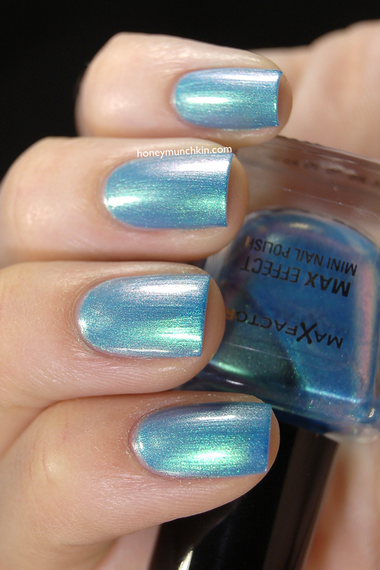 Swatch Of Max Factor Effect Mini 14 Dazzling Blue