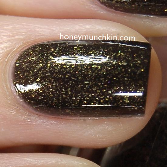 Max Factor - 017 Green Bronze detail from honeymunchkin.com