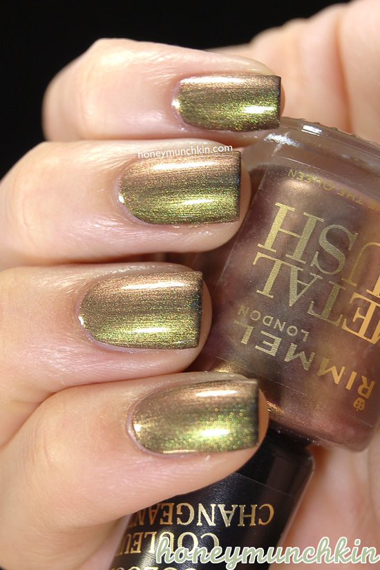 Rimmel Metal Rush - 70 Gold Save The Queen on black from honeymunchkin.com