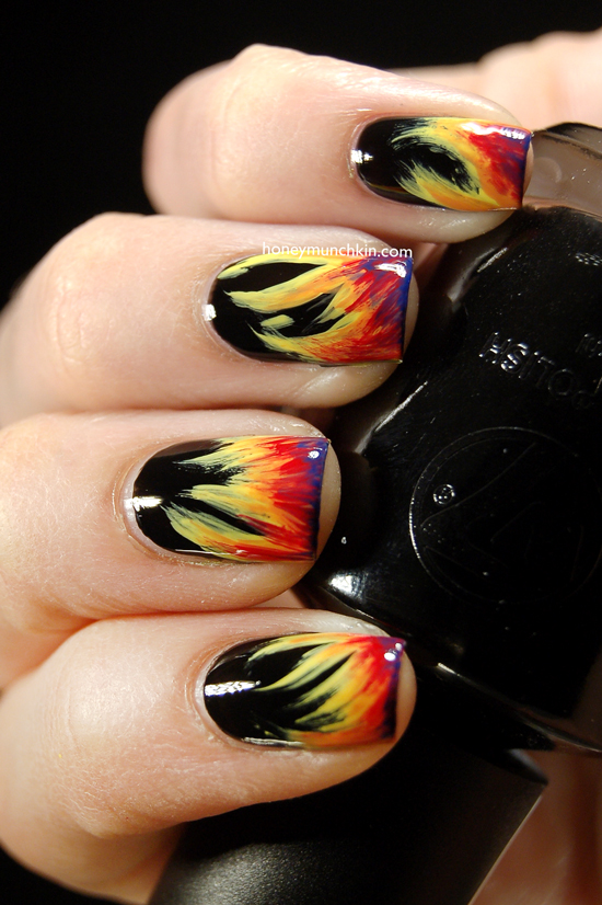Bonfire Night nails by Honeymunchkin.com