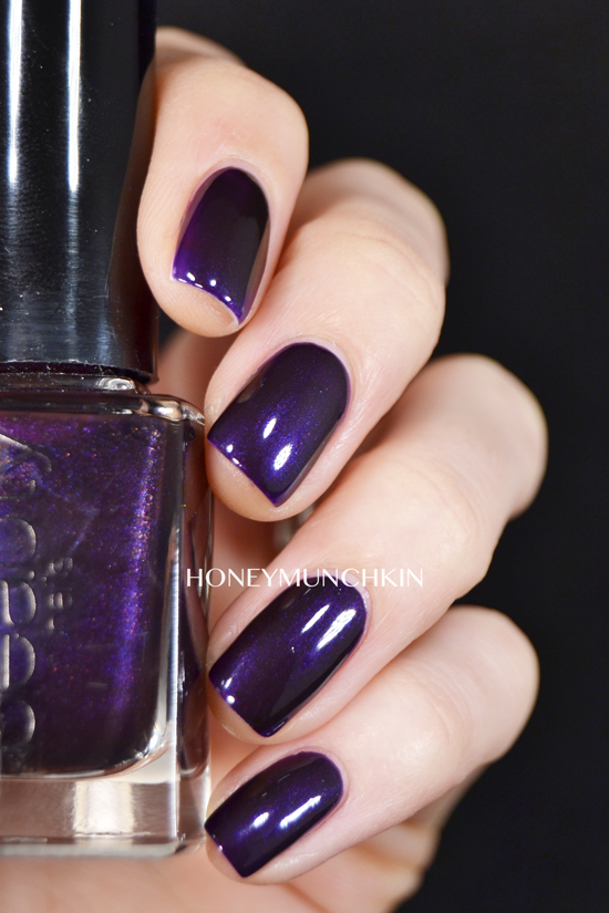 Swatch of Gina Tricot Beauty - 159 Purple Nights by honeymunchkin.com