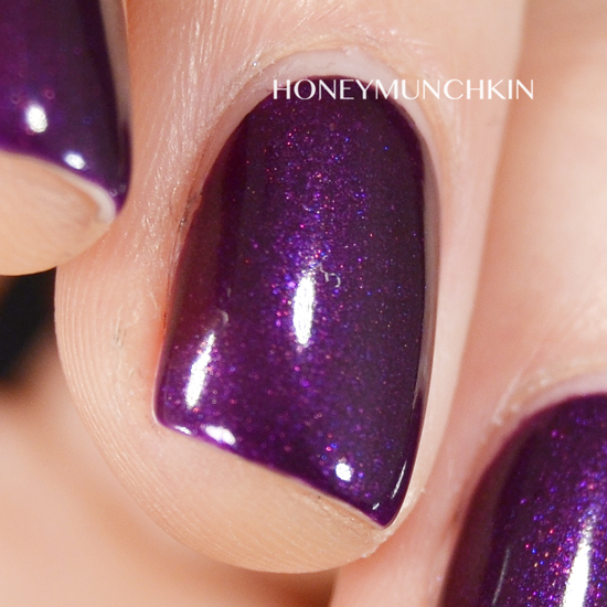 Swatch of Gina Tricot Beauty - 175 Violet Glims by honeymunchkin.com