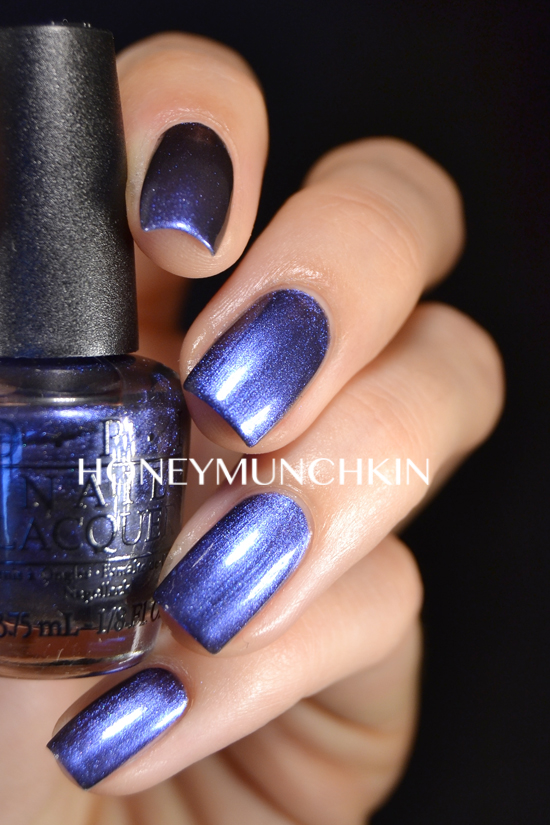 Swatch of OPI - Into The Night by honeymunchkin.com
